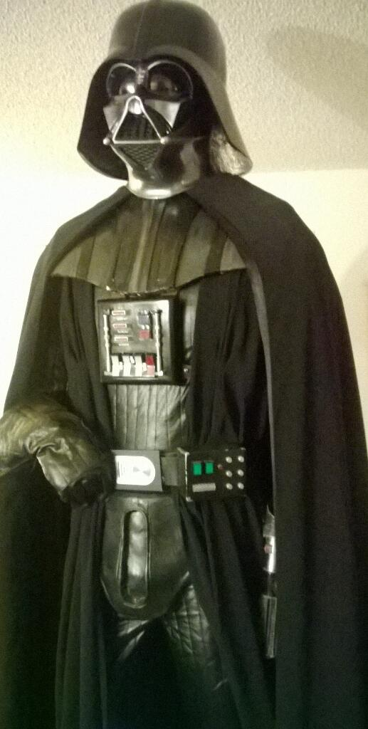 We interrupt this cosplay series to bring you DARTH!