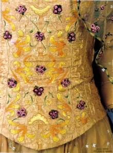 corset front detail4
